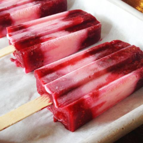 Double Raspberry Parfait Pops