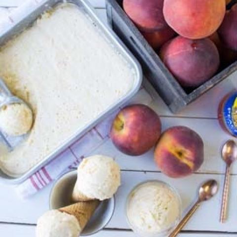 Peach No Churn Frozen Yogurt