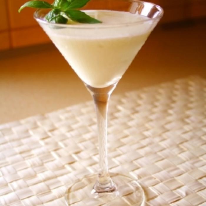 Skinny Vanilla Creamtini